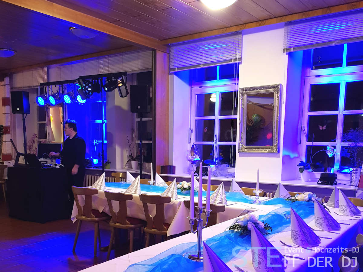 Steff der DJ - die Hochzeitssängerin im Saarland u Rheinland Pfalz